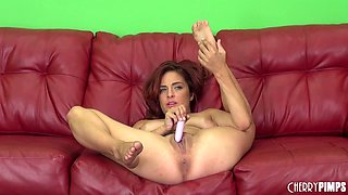 Girl with a big clit fucks herself with her vibrator