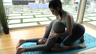 Tattooed dyke is making love with seductive yoga instructor