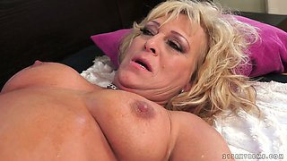 Chubby curly bright blond haired housewife gets mature cunt fucked