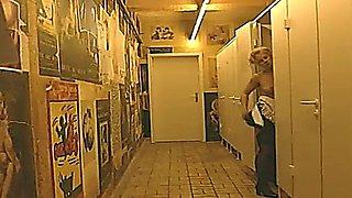 Familie Flodder 3 - Lieber Vollzeit Bumsen, Als Teilzeit Arbeiten (1997)