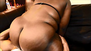 Chubby caramel lady has a black stud eating out her snatch