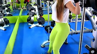 my god!!! fitness hot ASS hot CAMELTOE 2