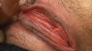 Horny cougar gets two cocks shoved in her pussy