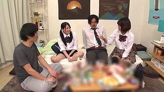 Insatiable schoolgirl brought her friends at home