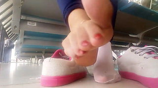 foot fetish in public – Turkish Ayak