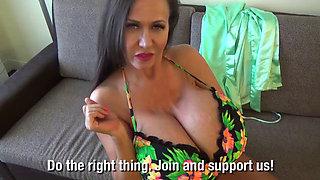 Big Bikini Vlogs