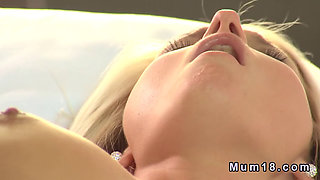 Slim blonde mom shaved cunt banged in hotel