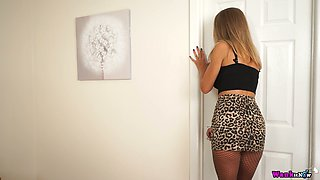 Slender leggy chick in fishnet pantyhose Mia performs hot teasing video
