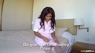 Slutty maid Sheyla Gomez gives extra service for cash