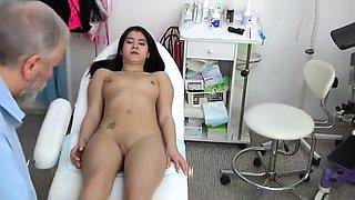 Lady Dee - 18 Years Girl Gyno Exam 1