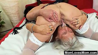 Unshaven oma licks handsome housewife in lesbian action