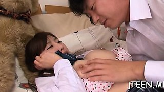 Japanese schoolgirls gives steamy fellatio and collects jizz