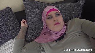Keira Flow Muslim Woman Ran Away From Her Husband