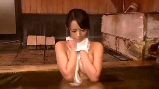 hot spring brother sister 02