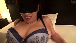 Asian Whore Gives Handjob Ending To Massage