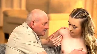 Cutie permits BFs old daddy to penetrate
