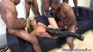 monster cock gangbang for the slutty blonde hailey holiday