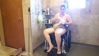 Para shower nude