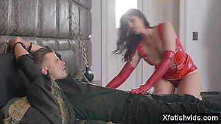 Big ass pornstar latex with cumshot