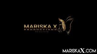 The Boss Of The Strip Club Fucks The Stripper - MariskaX