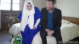 Teen big boobs and worships mature feet Meet new beautiful Arab girlcompanion and my boss