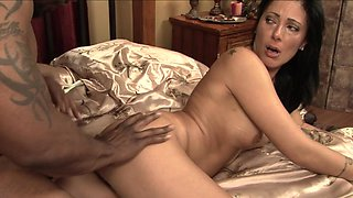 Interracial sex for sleazy milf in heats