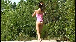 brunette teen nudist