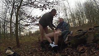 Dziadki W Lesie 205