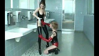Bathroom sex with lesbians who love tight spandex fuck