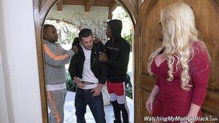 Killing hot white mommy Alura Jenson goes black in front of her stepson