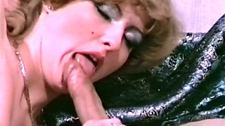 Lovely cock loving blondie sucking dick and riding it on top