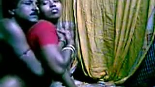Horny Indian maid got fucked hard in her puss by mate in her room
