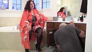 BBW Joy Tied In Bathroom