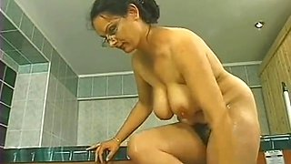 Unshaven mature wife fucked up the tail end
