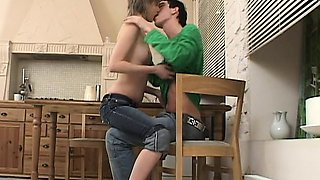Slim babe fucked on the kitchen table