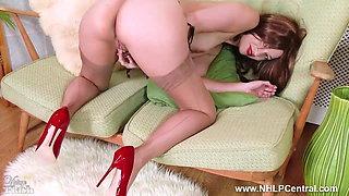 Kinky babe masturbates in red stiletto heels nylons garters