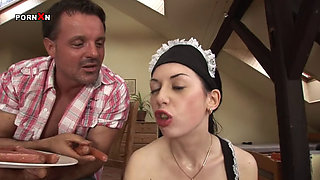 ISABELLA CLARK   EXTREME MAID WHO LOVES FISTING AND ANAL PENETR
