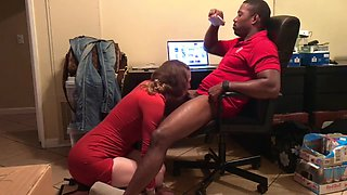 Horny Gf Seduces Him And Wants His Black Dick Now