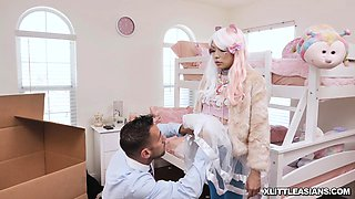 Harajuku doll send Johnys cock to orgasmic pleasure