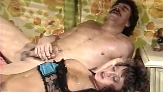 Mesmerizing and juicy vintage milf babe loves anal sex too