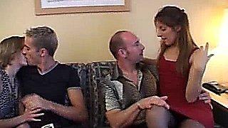 Intercambio de parejas jovenes
