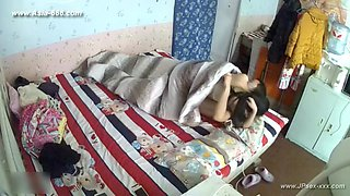 Hackers use the camera to remote monitoring of a lover's home ***_2