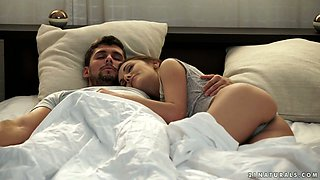 Voluptuous babe Dominica Fox gives morning blowjob and gets her anus rammed