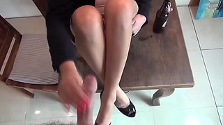 Handjob with cum on nylons