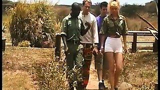 Yelena Schieffer African
