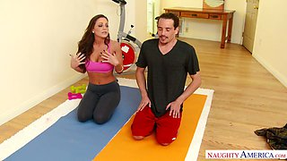 Fucking hot milf Abigail Mac hooks up with her fitness instructor