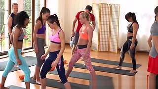 Yoga teacher bangs hot blonde babe at the gym