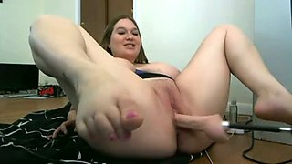 Wondrous big breasted and big bottomed amateur lady fucked with sex machine