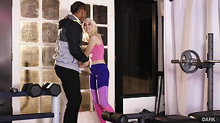 Ass fucking with Chloe Cherry at the gym was just unforgettable