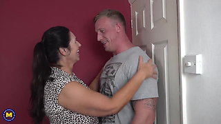 Booty busty mom suck and fuck lucky son